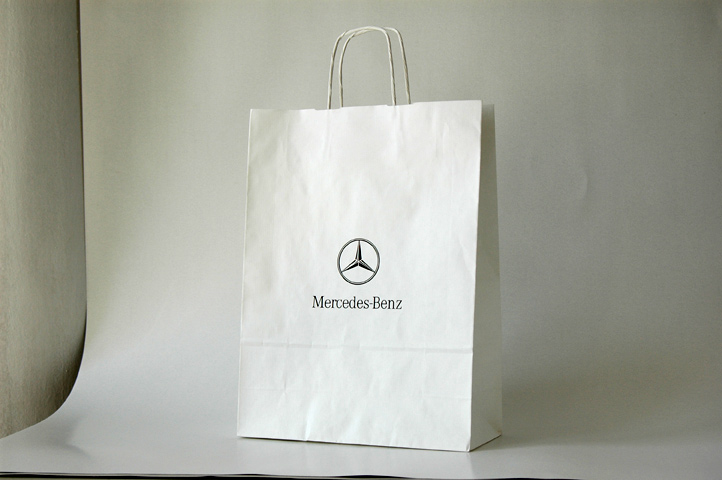 59d1eb2252349 Torba papierowa biała - Mercedes-Benz